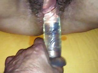 mi puta gorda follada con un consolador