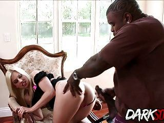 jessi volt es comido y follado por un chico negro