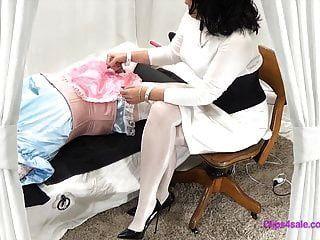 femdom pantimedias enfermera bdsm sissy examen paja